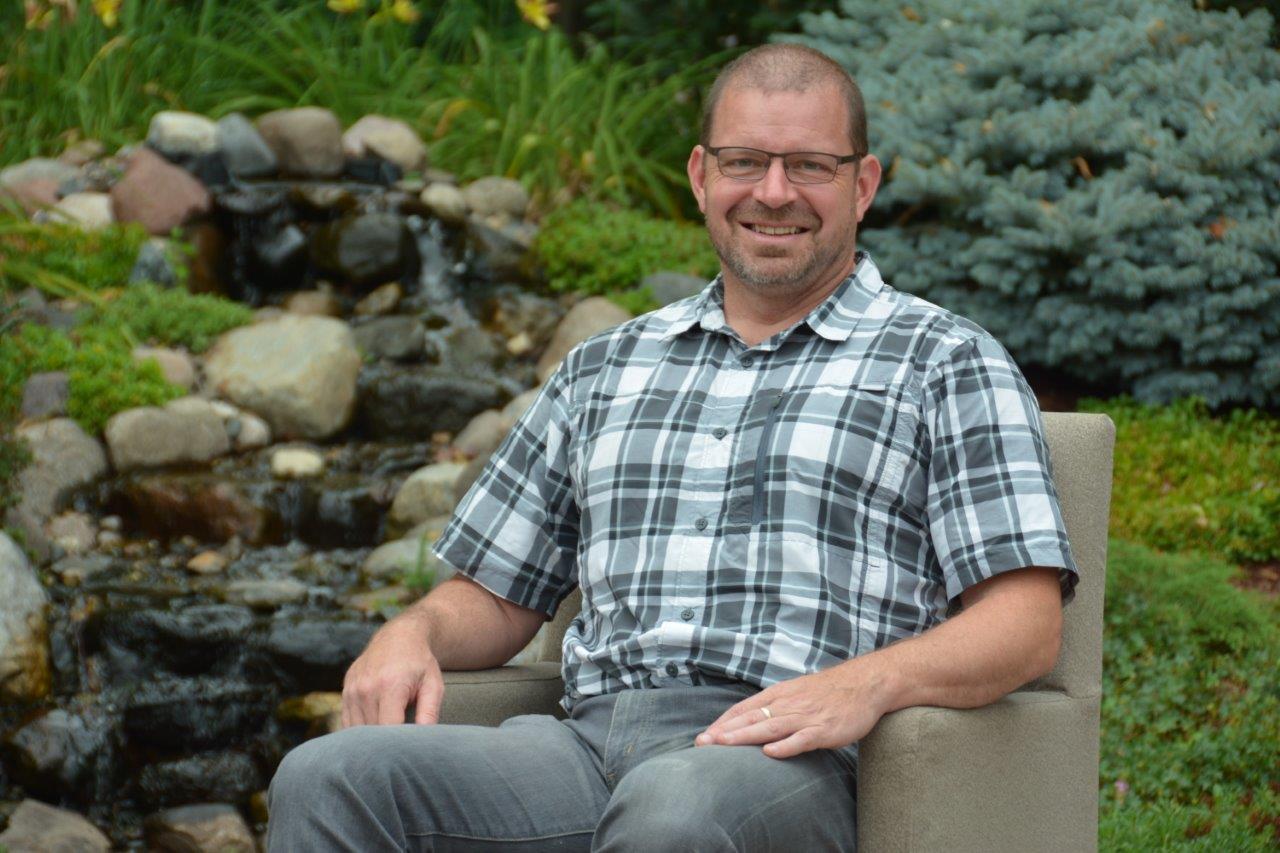 Pastor Paul Nelson