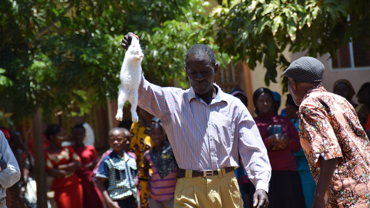 Worship Auction  in Tanzania